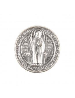 Plaque auto de saint Benoît Ø 3 cm en métal argenté.