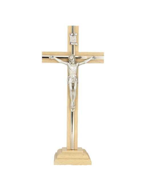 Croix sur socle avec Christ métal 32cm clair