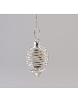 Pendule spiral en cristal de roche avec chaîne argentée