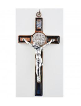Crucifix Saint Benoit chromé avec fond en émail noir et Christ chromé