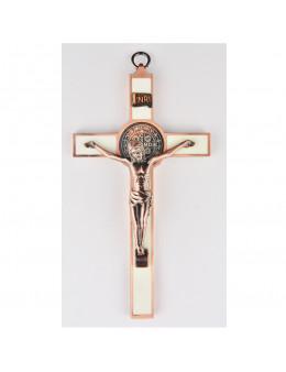 Crucifix / Croix Saint Benoit en métal avec émail blanc et Christ argenté