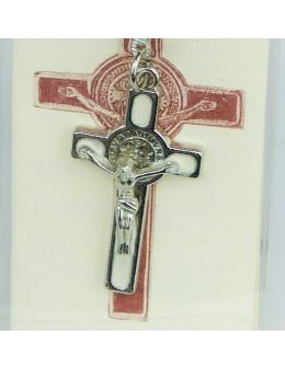 Croix Saint Benoit en métal argenté avec fond émaillé et cordon