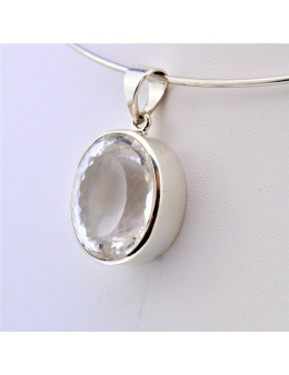 Pendentif argent ovale cristal de roche facetté
