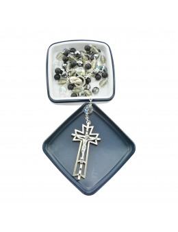 Chapelet de prestige, perles couleur noir et cristal, avec boit