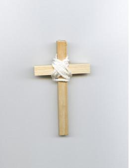 Croix communion bois 9.5 cm + cordon